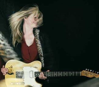 Joanne Shaw Taylor- Blues, nothing but the blues (ikv Blueprint bluesfestival)